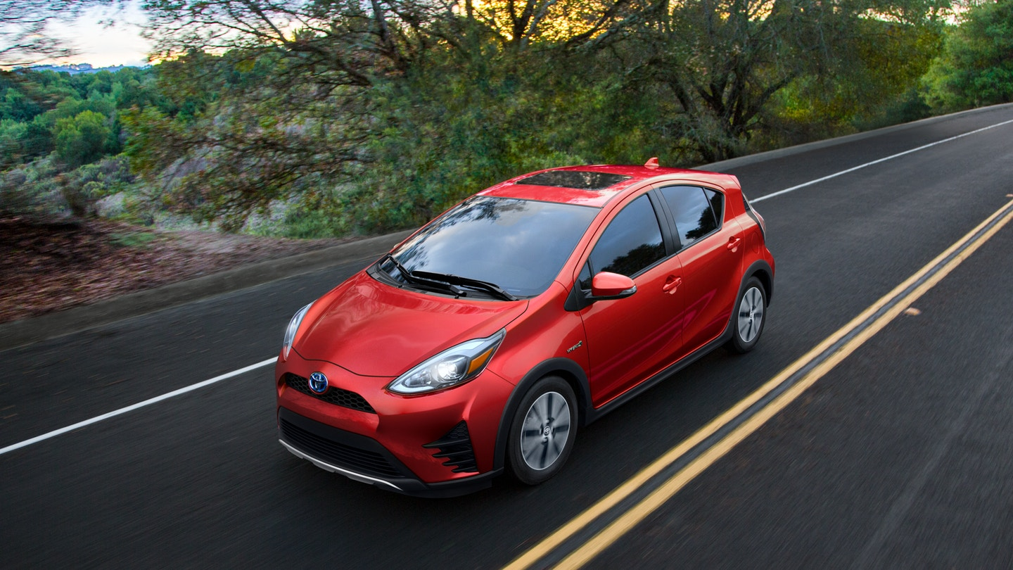 2018 Toyota Prius C * Price * Specs * Interior * Colors ...